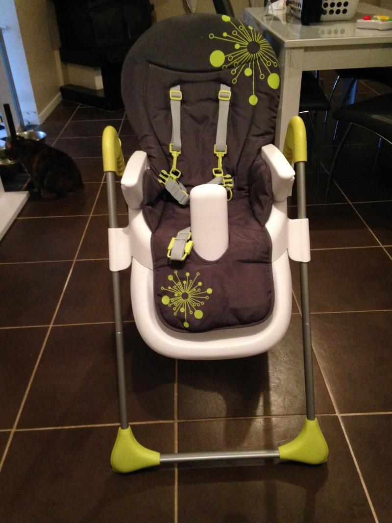 Chaise haute easy badabulle avis for Badabulle chaise haute