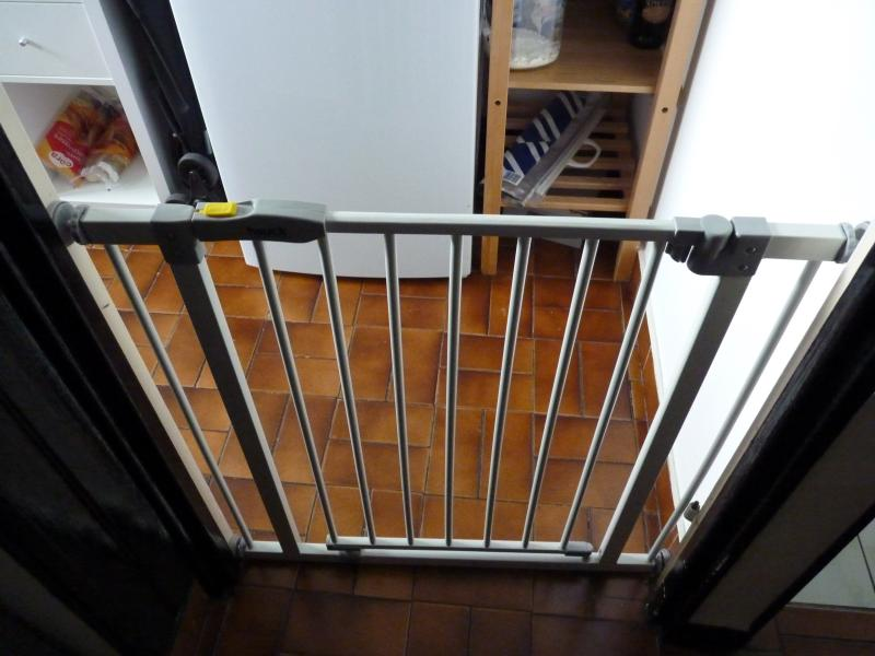 barriere securite escalier sans mur top escalier quart. Black Bedroom Furniture Sets. Home Design Ideas