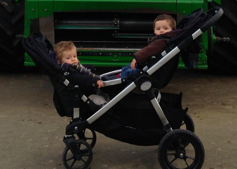 poussette double baby jogger city select