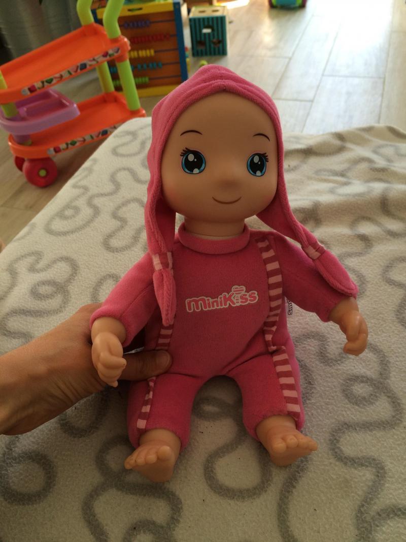 Poup e minikiss smoby avis - Ma fille de 5 ans fait encore pipi au lit ...