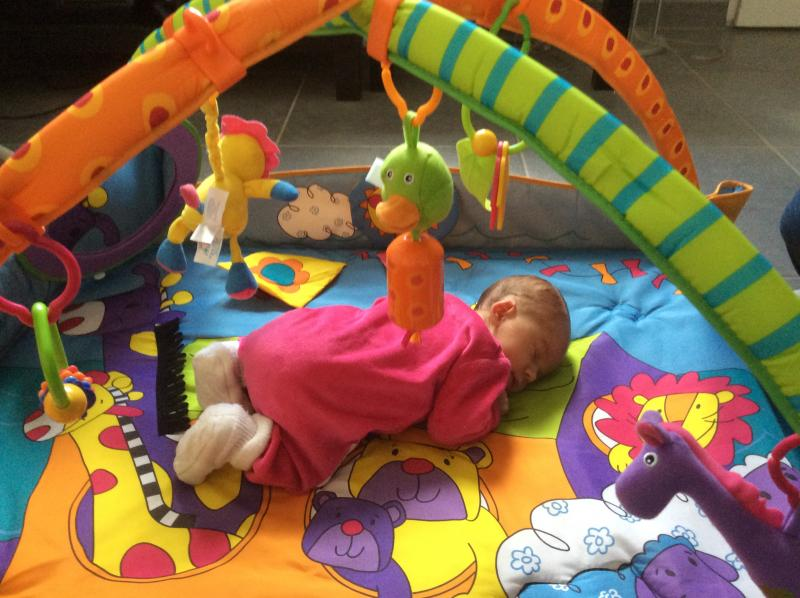 Tapis d 39 veil gymini move and play tiny love avis - Tapis d eveil tiny love move and play ...