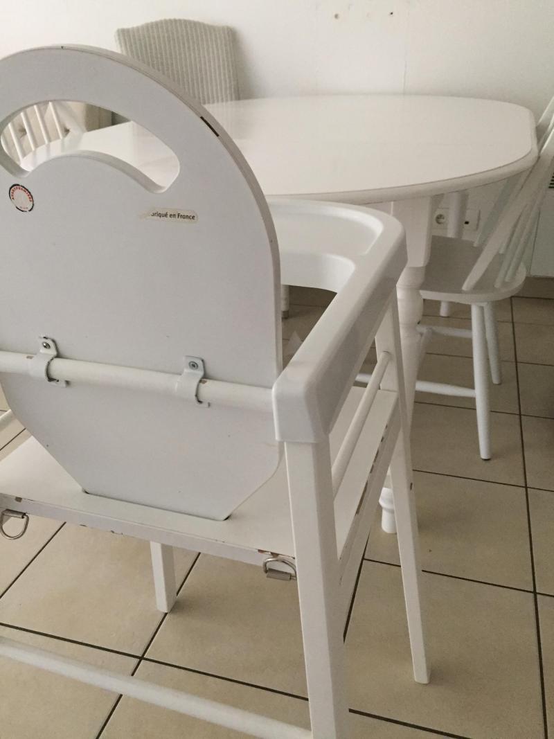 Chaise Haute Bois Lili Combelle Avis ~ Siege Pour Chaise Haute En Bois