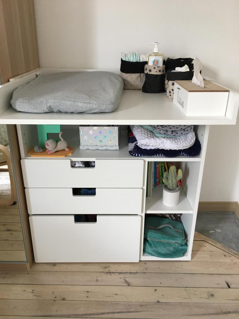 Table langer volutive stuva ikea avis - Ikea bebe table a langer ...