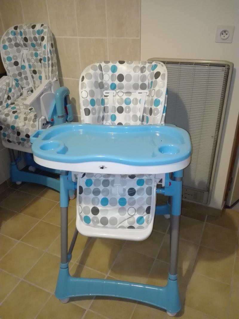 chaise haute pliable monsieur bebe avis. Black Bedroom Furniture Sets. Home Design Ideas