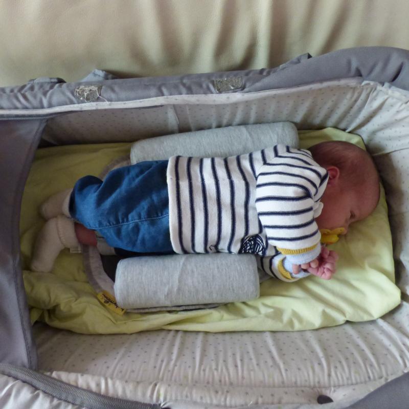 cale b b cosypad babymoov avis. Black Bedroom Furniture Sets. Home Design Ideas