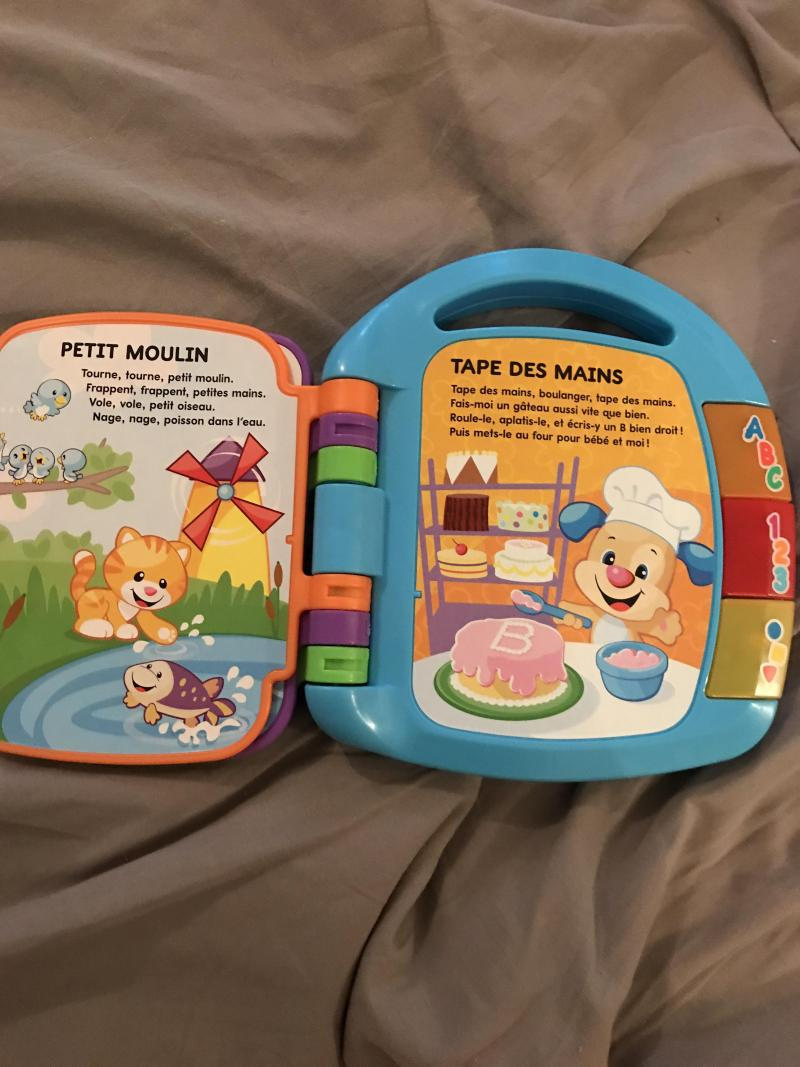 208d6e255a02c Livre Interactif Comptines FISHER PRICE   Avis