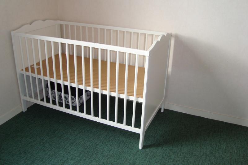 Best armoire designe avis chambre bb ikea hensvik lit - Ikea barriere lit ...