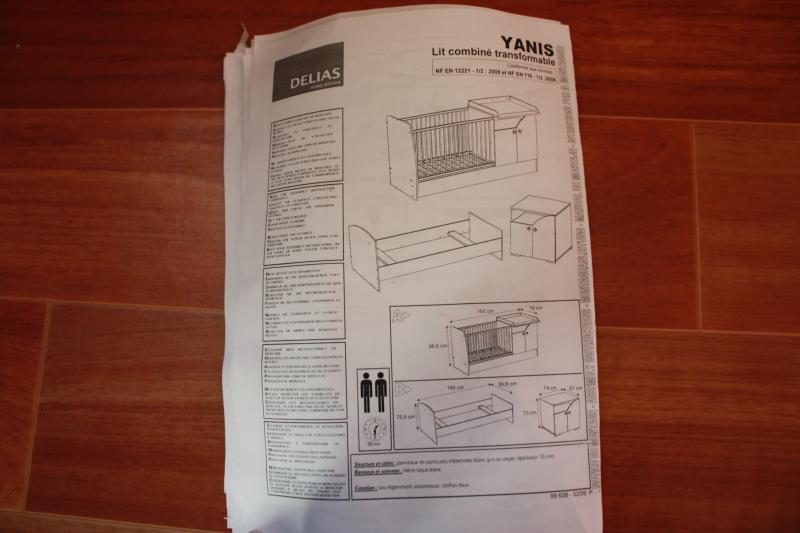 notice montage lit evolutif bebe 9 table de lit a roulettes. Black Bedroom Furniture Sets. Home Design Ideas