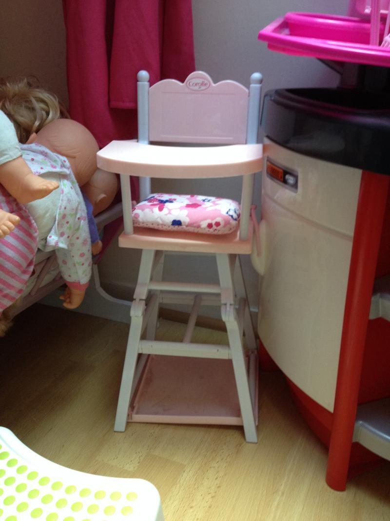 Chaise haute pour poupon corolle corolle avis for Chaise haute corolle
