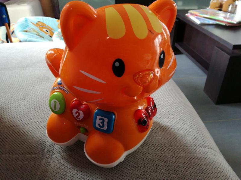 jouet chat filou