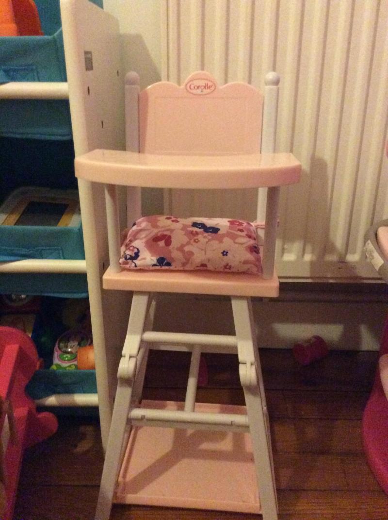 Chaise Haute Bois Poupon : Chaise haute pour poupon Corolle COROLLE : Avis