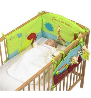 tour de lit sophie la girafe vulli avis. Black Bedroom Furniture Sets. Home Design Ideas