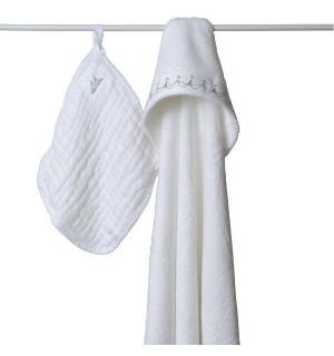 carr de bain en mousseline gant de toilette aden anais avis. Black Bedroom Furniture Sets. Home Design Ideas