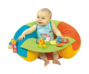 Cale-bébé à activités