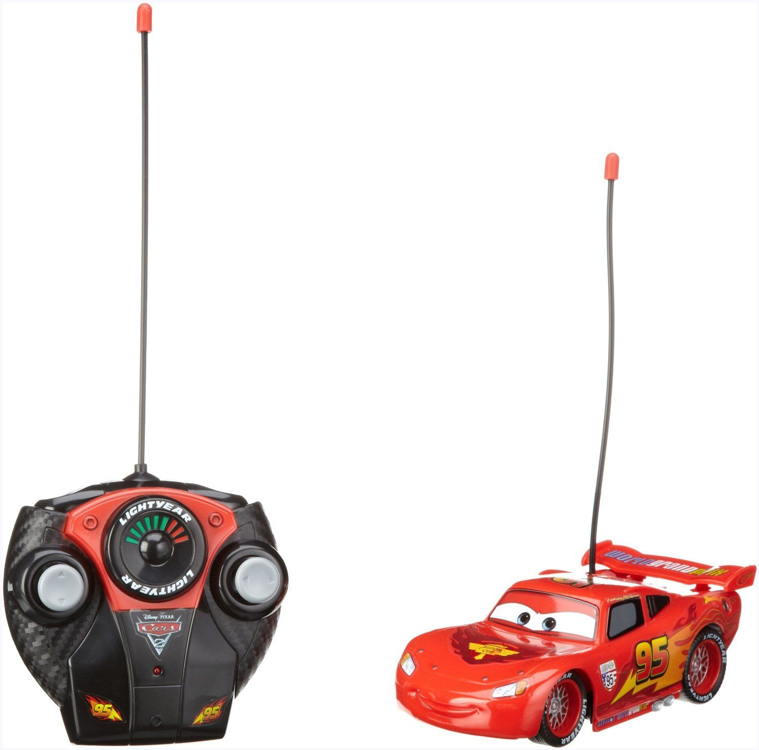 voiture radiocommand e flash mcqueen cars dickie toys avis. Black Bedroom Furniture Sets. Home Design Ideas