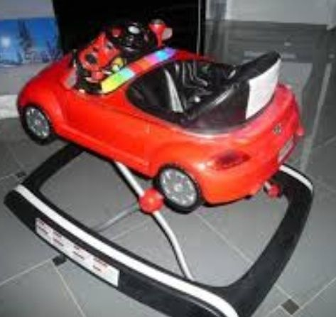trotteur new beetle volkswagen babies r us avis. Black Bedroom Furniture Sets. Home Design Ideas