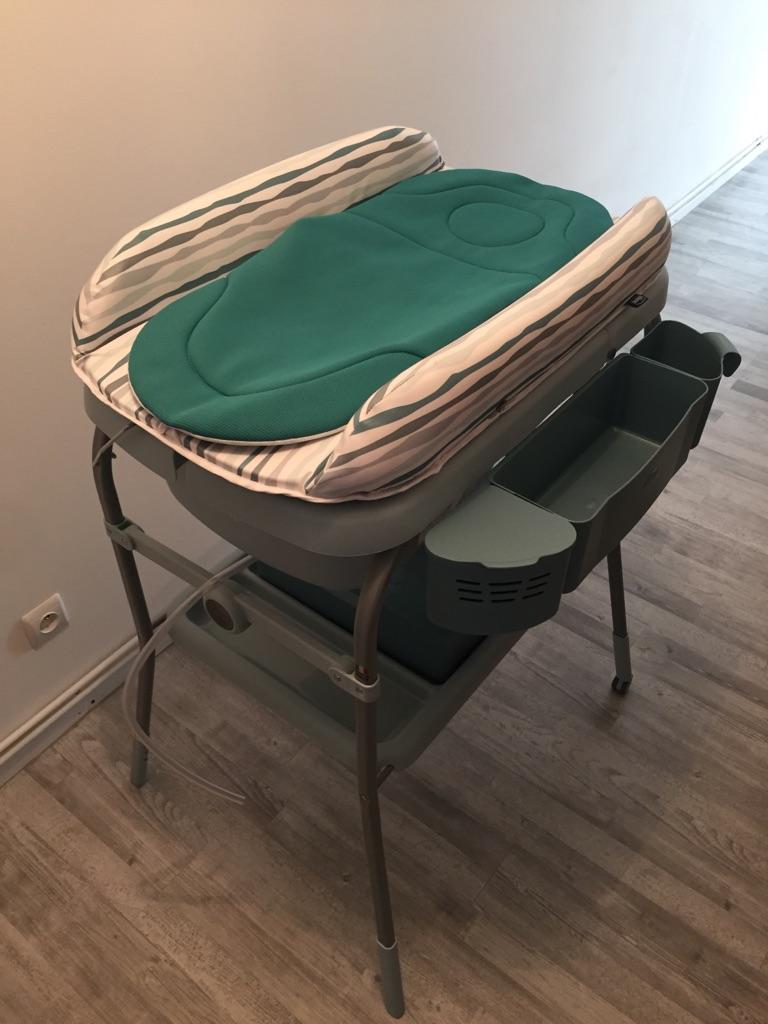 table langer pour petite salle de bain galerie d 39 inspiration pour la meilleure salle de. Black Bedroom Furniture Sets. Home Design Ideas